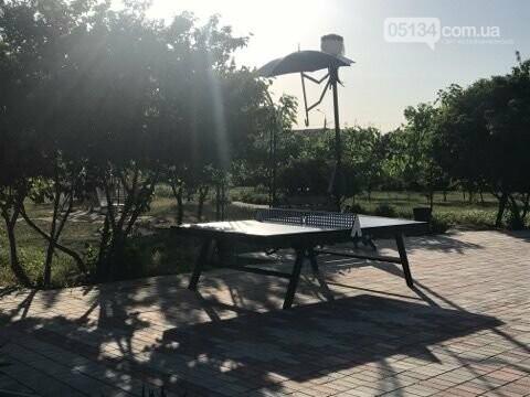 У Вознесенських парках встановили тенісні столи: грати можна всім, - ФОТО, фото-1