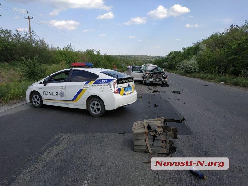 Біля Нової Одеси сталося жахливе ДТП, - ФОТО, фото-2