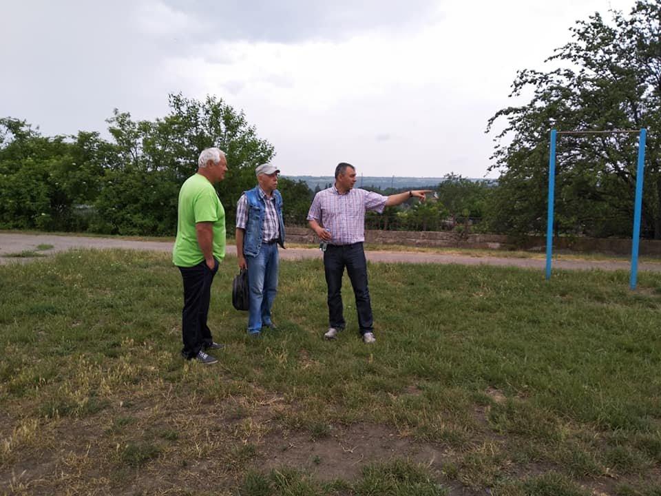 В Дорошівській ОТГ з'явиться футбольне поле зі штучним покриттям, фото-2